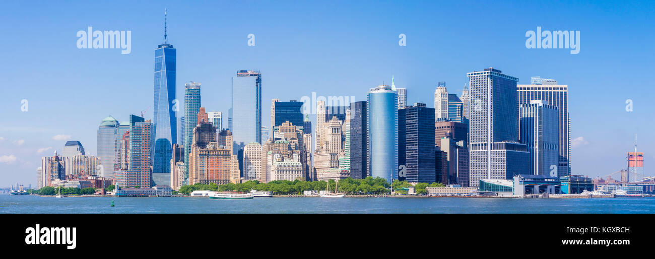 Panorama Skyline von New York USA New York City Skyline von Lower Manhattan Skyline mit Wolkenkratzern einschliesslich Stockbild