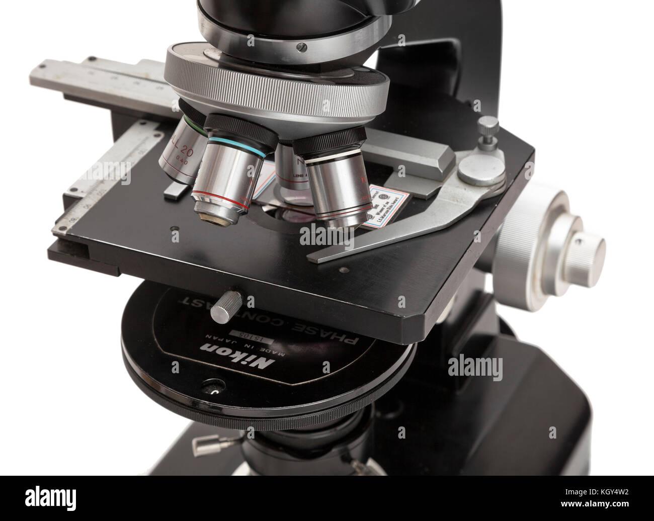 Vintage nikon zusammengesetzte mikroskop s mit phasenkontrast