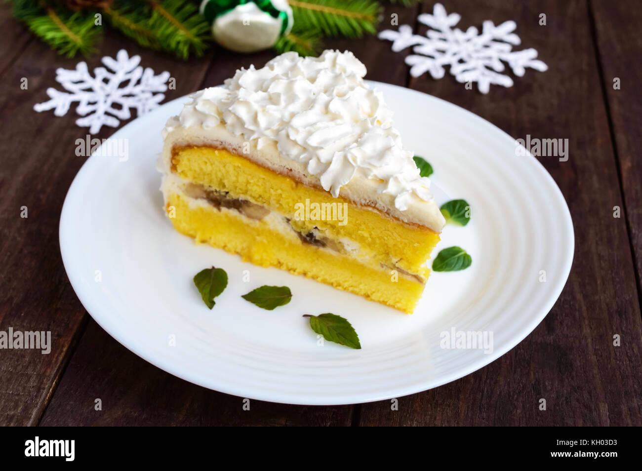 Ein Grosses Stuck Feine Kuchen Dekorieren Luft Creme Festliches