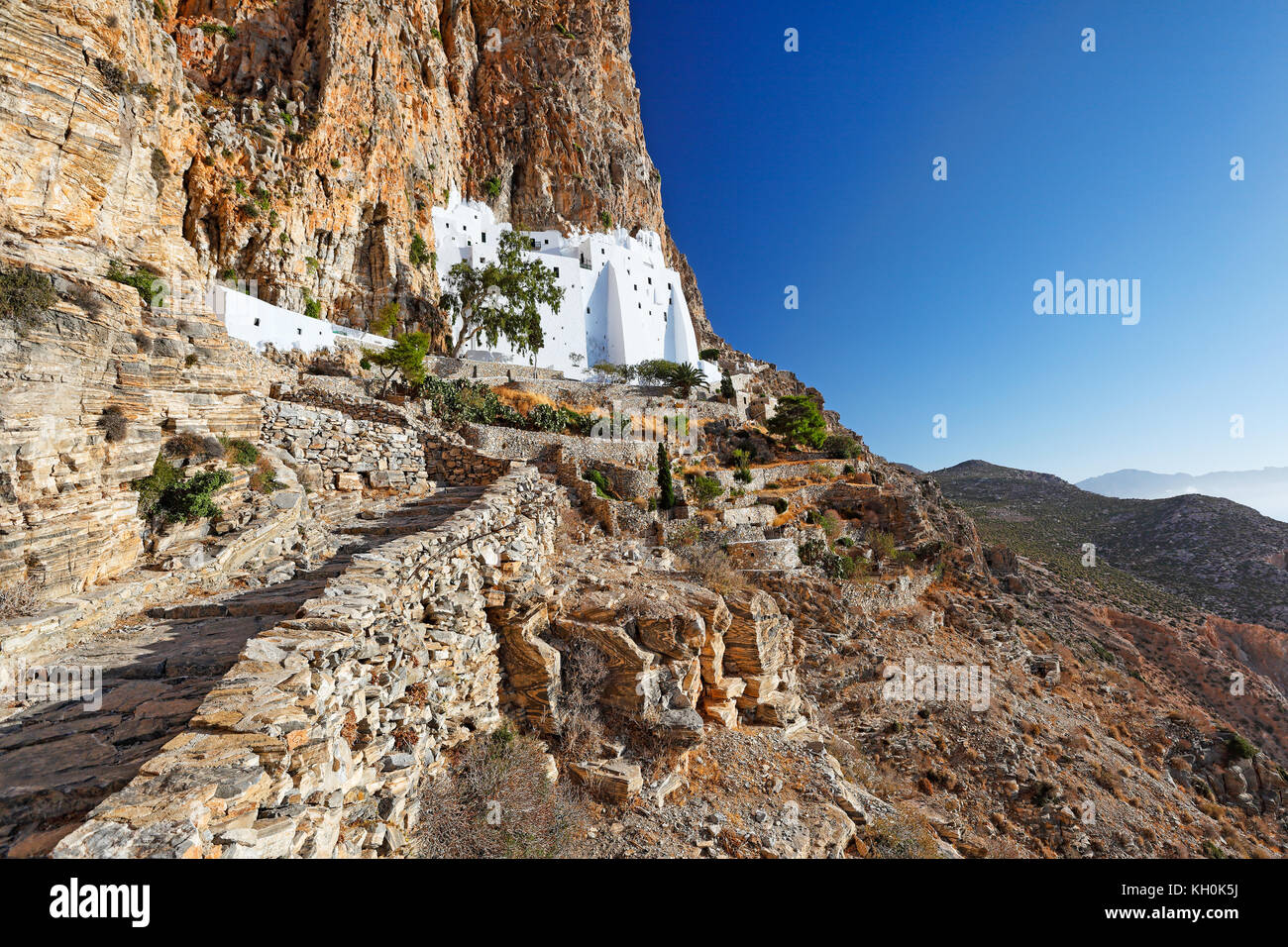 Das Kloster von Hozoviotissa in Insel Amorgos, Griechenland Stockbild