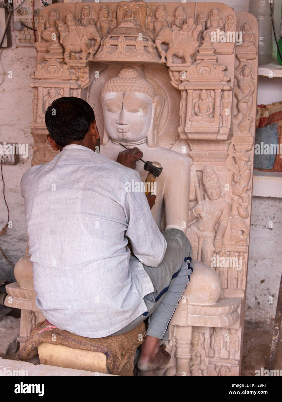 Stone carving for temple stockfotos
