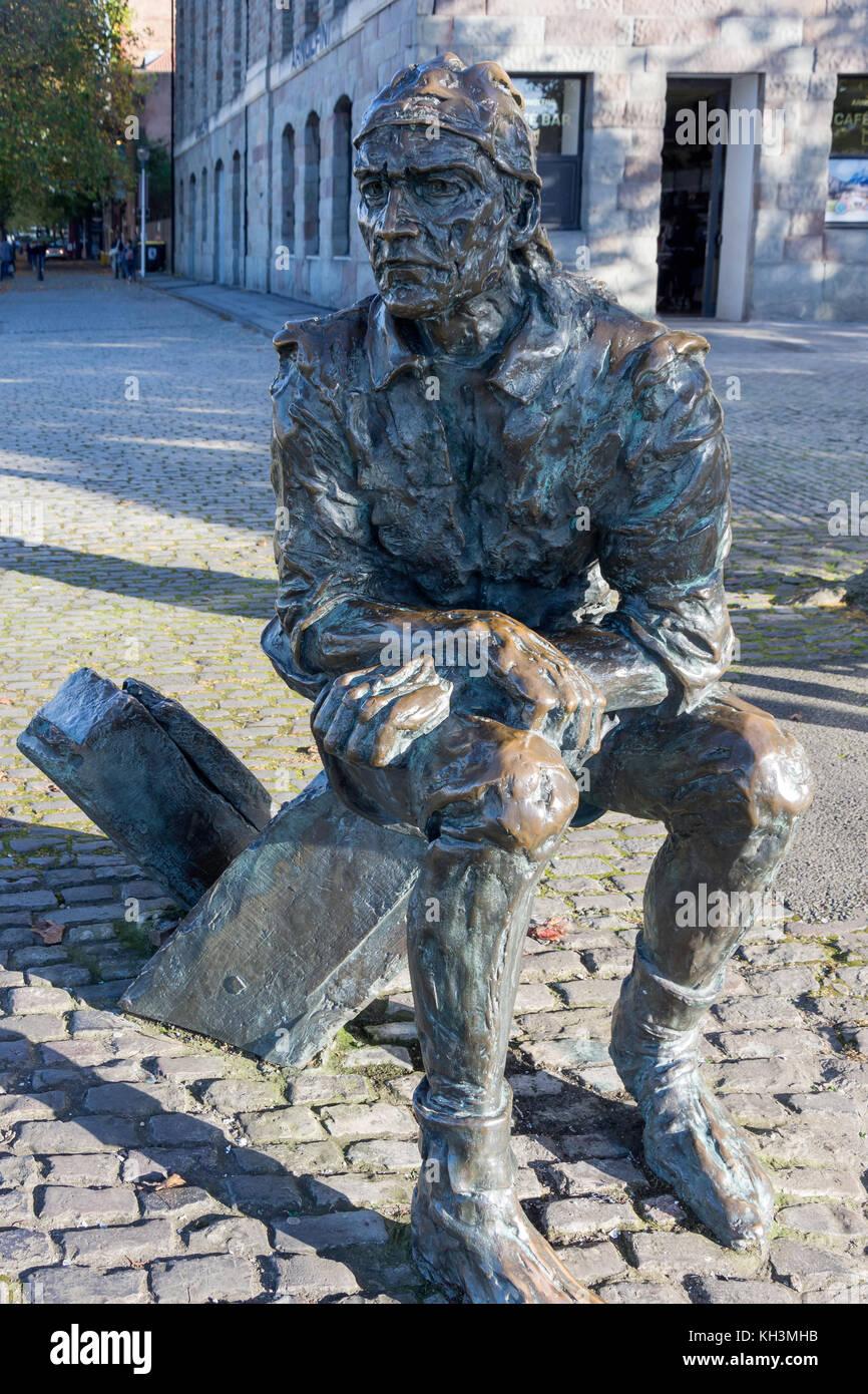 John Cabot (Explorer) Skulptur von schwimmenden Hafen, Altstadt, Bristol, England, Vereinigtes Königreich Stockbild