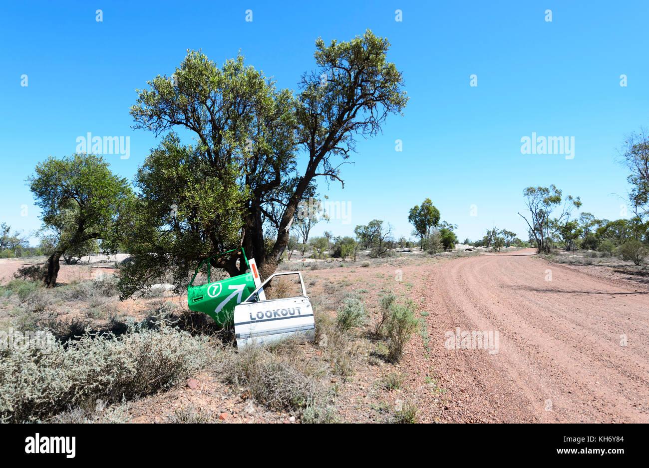 Schotterpiste des Green Car Door Tour im Opal Felder, Lightning Ridge, New South Wales, NSW, Australien Stockbild