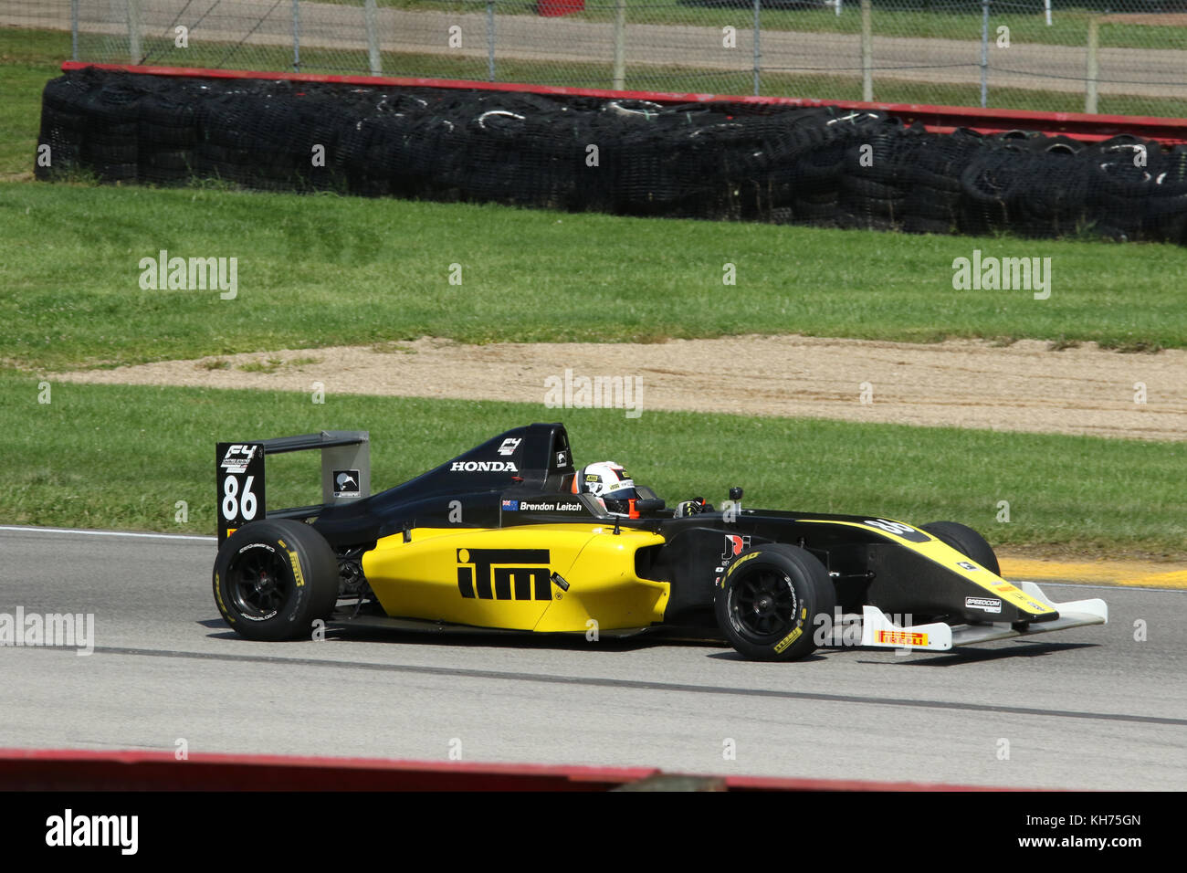 Brendon Leitch. Auto 86. Sponsor Kiwi Motorsport. Formel 4 Rennen. Mid-Ohio Sports Car Course. Lexington, Mansfield, Stockbild
