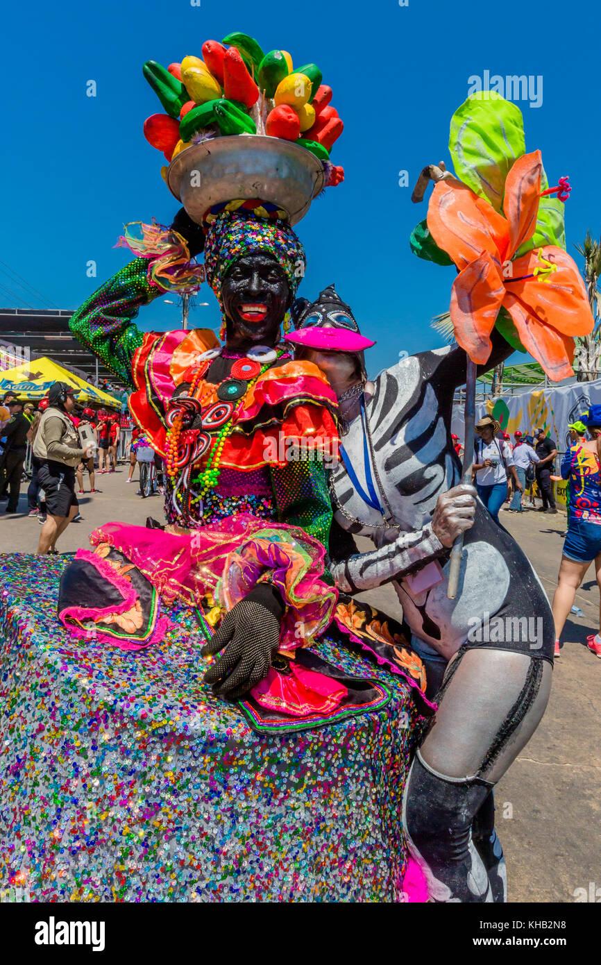 Barranquilla, Kolumbien - 25. Februar 2017: Menschen, die Teilnahme an der Parade der Karneval von Barranquilla Stockbild