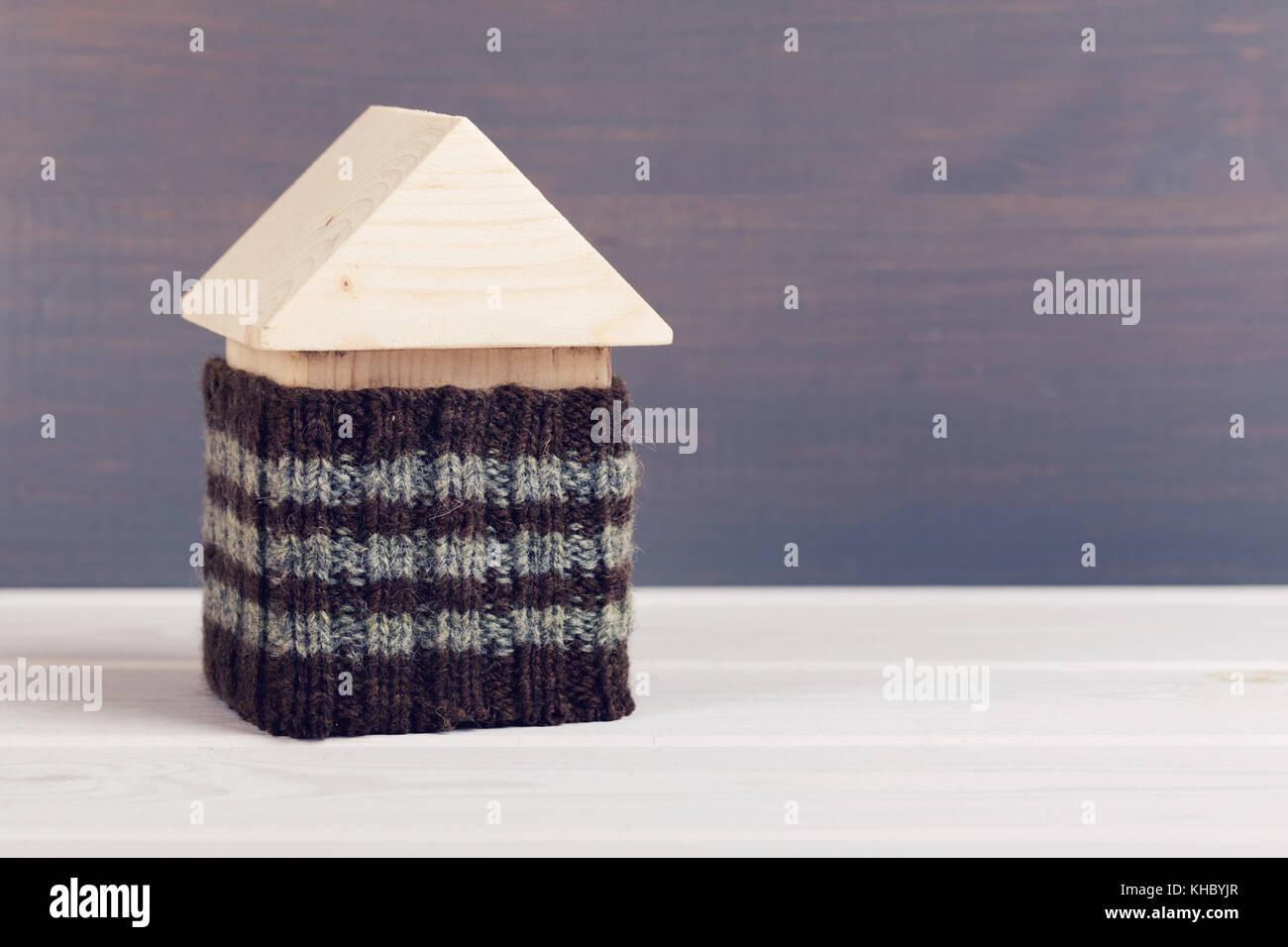 Energie effizient gedämmten Haus Konzept. Kopieren Sie Platz Stockbild