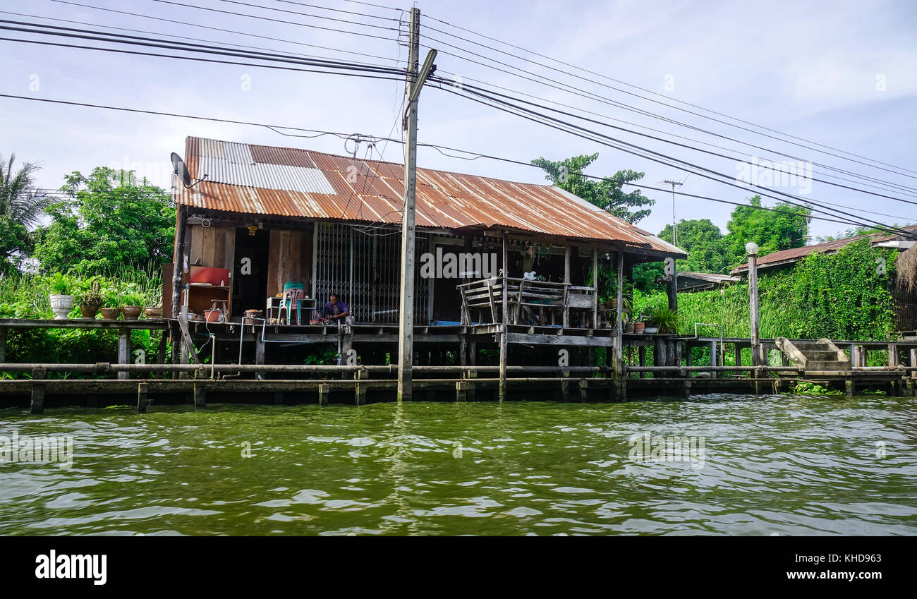 vietnamese architecture slum stockfotos vietnamese architecture slum bilder alamy. Black Bedroom Furniture Sets. Home Design Ideas