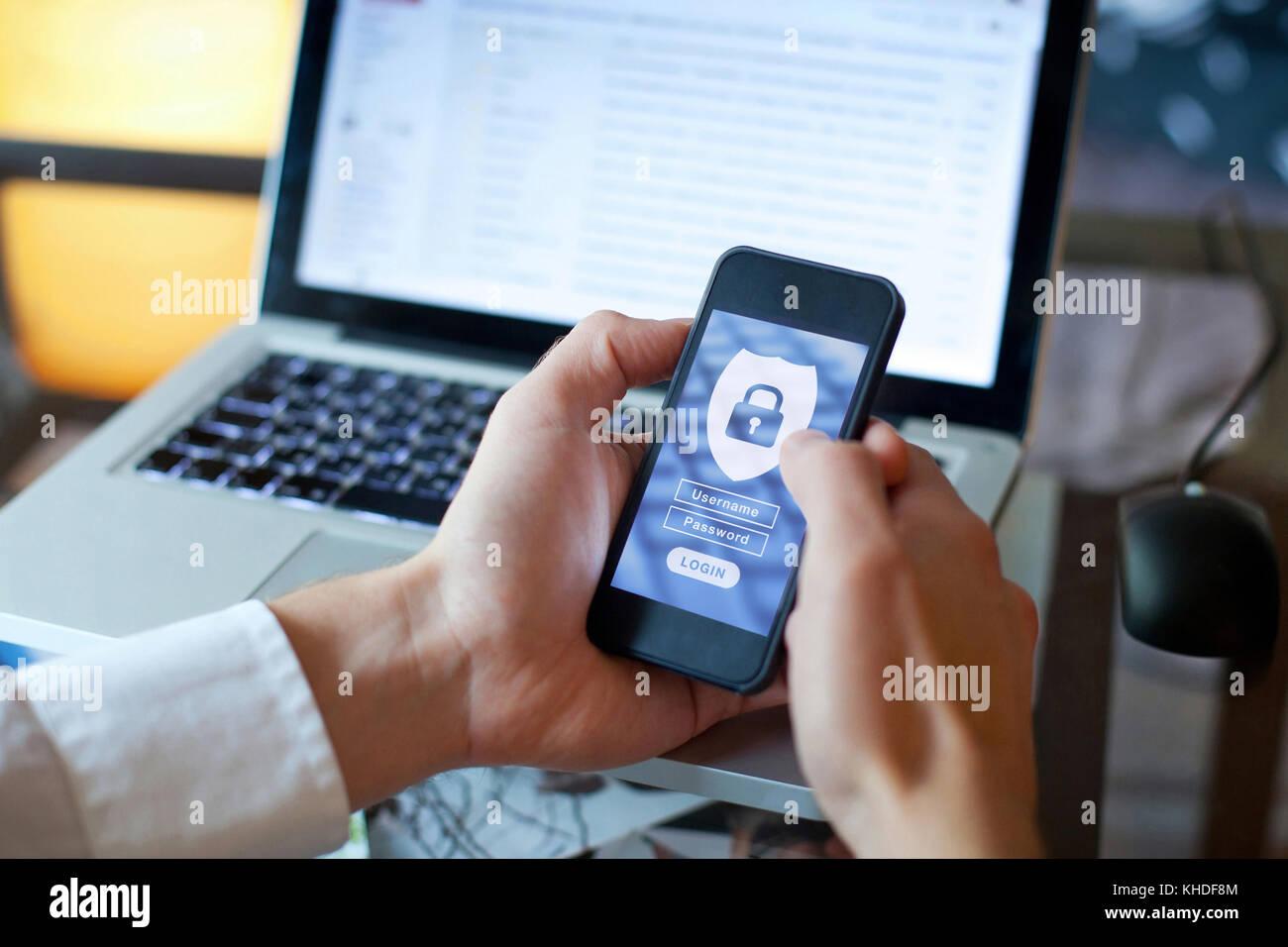 Daten Sicherheitskonzept, mobilen Zugriff auf Anwendungen, Login und Passwort Stockbild