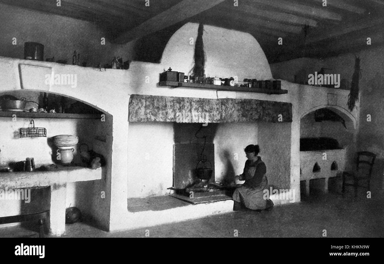 Ein Foto zeigt, dass eine Hausfrau Kochen, im Hause Herder, der ...
