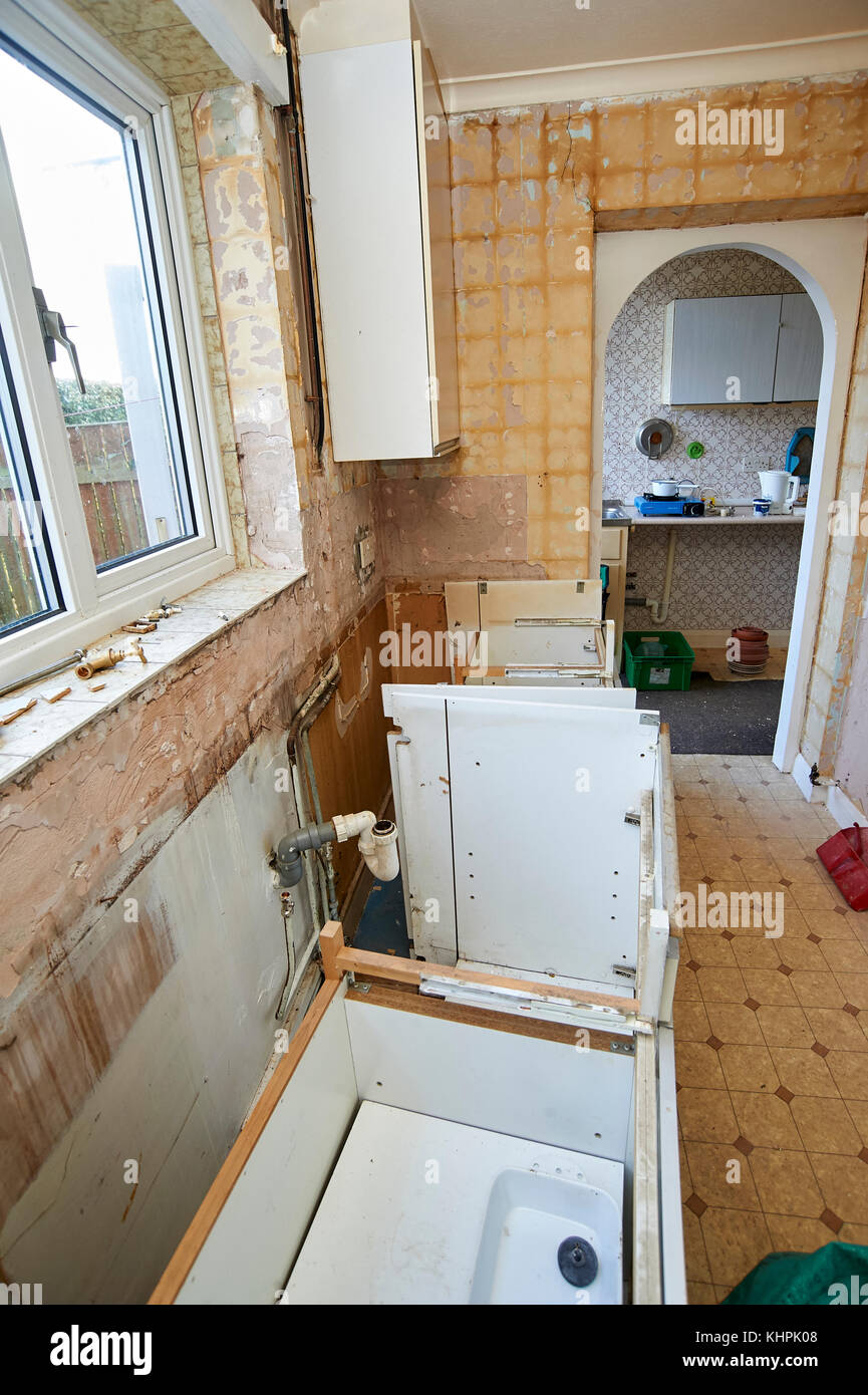 Wohnimmobilien Renovierung Demontage Kuche Einheiten Stockfoto
