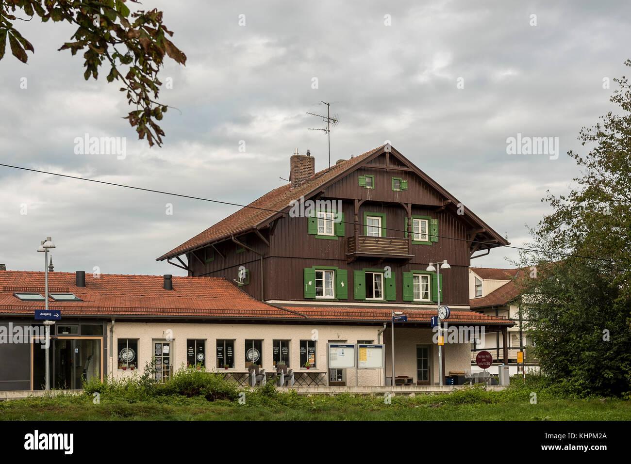 Bahnhof Dießen am Ammersee, Bayern Deutschland Stockbild