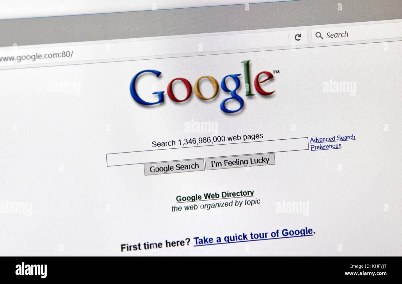 Montreal, Kanada - 2. Oktober 2017: Google Jahr alten Stil Suche 2001 Seite. Google ist eine Suchmaschine von Google Stockbild