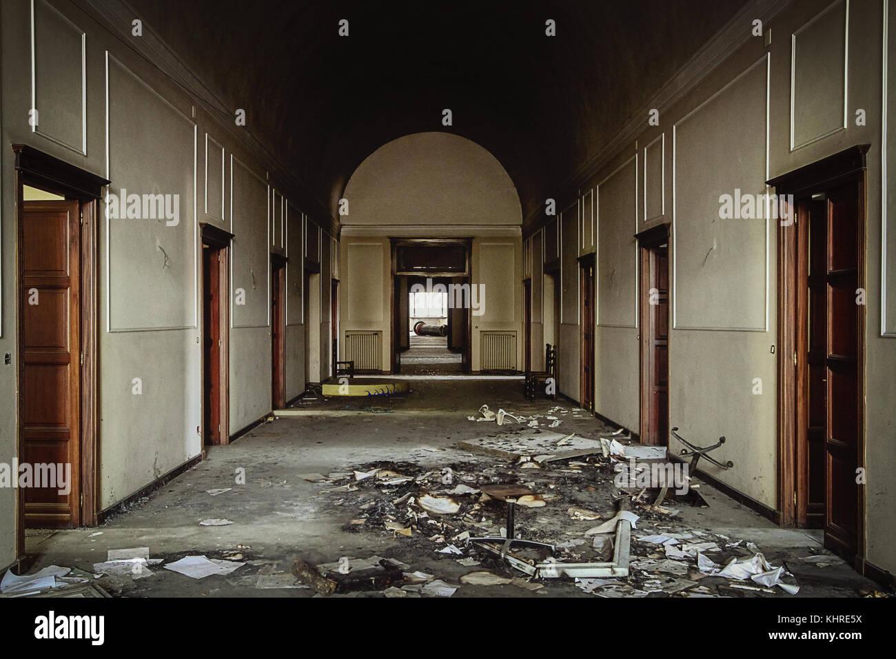 Innenraum des verlassenen psychiatrischen Klinik in colorno, Italien. Stockbild