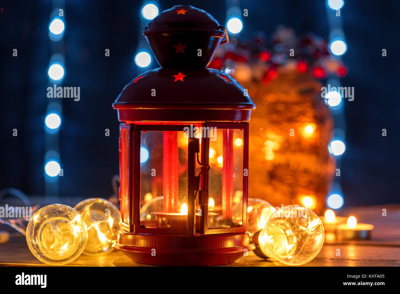 Weihnachten Laterne Mit Kerze Leuchtet Auf Defokussierten