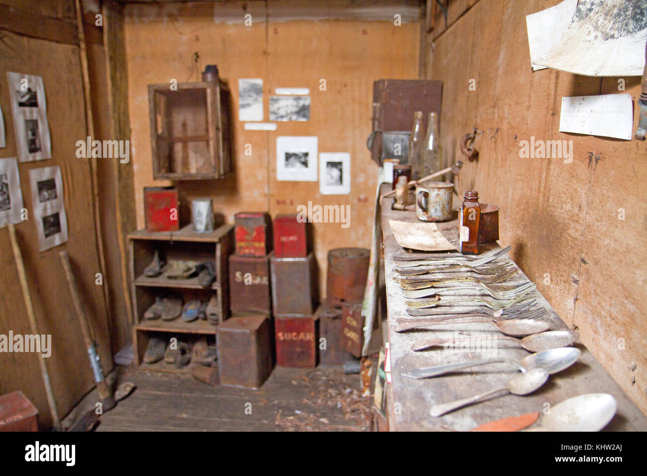 Ski Hut Inside Stockfotos & Ski Hut Inside Bilder - Alamy