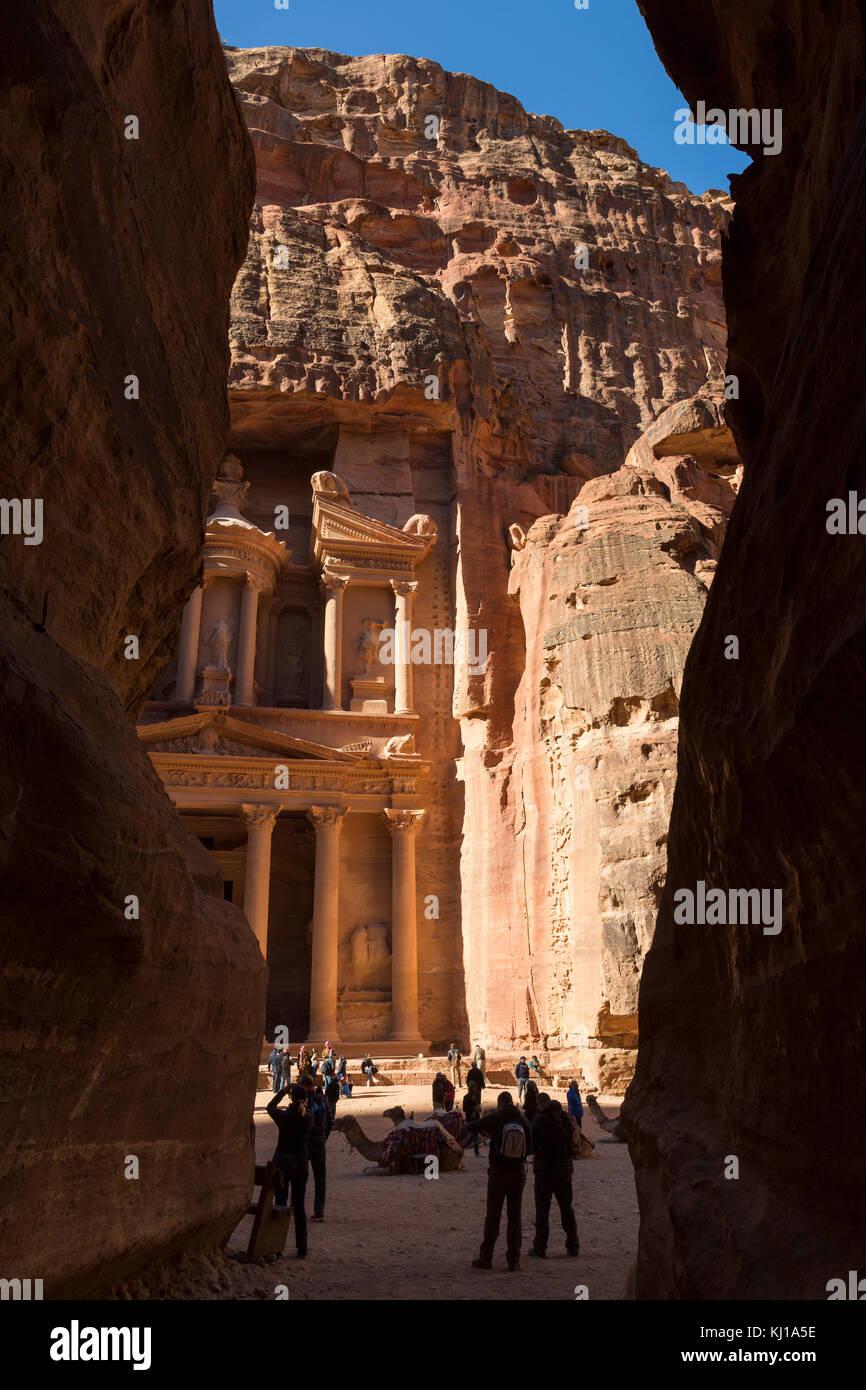 Petra, Jordanien, 25. Dezember 2015: Al Khazneh - die Schatzkammer, antike Stadt Petra, Jordanien Stockbild