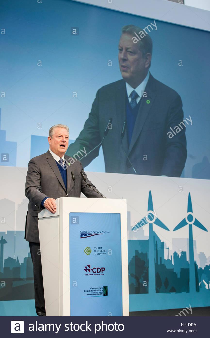 Umweltschützer und der ehemalige Vizepräsident Al Gore (USA) gibt eine Rede an der 2017 UN-Klimakonferenz Stockbild