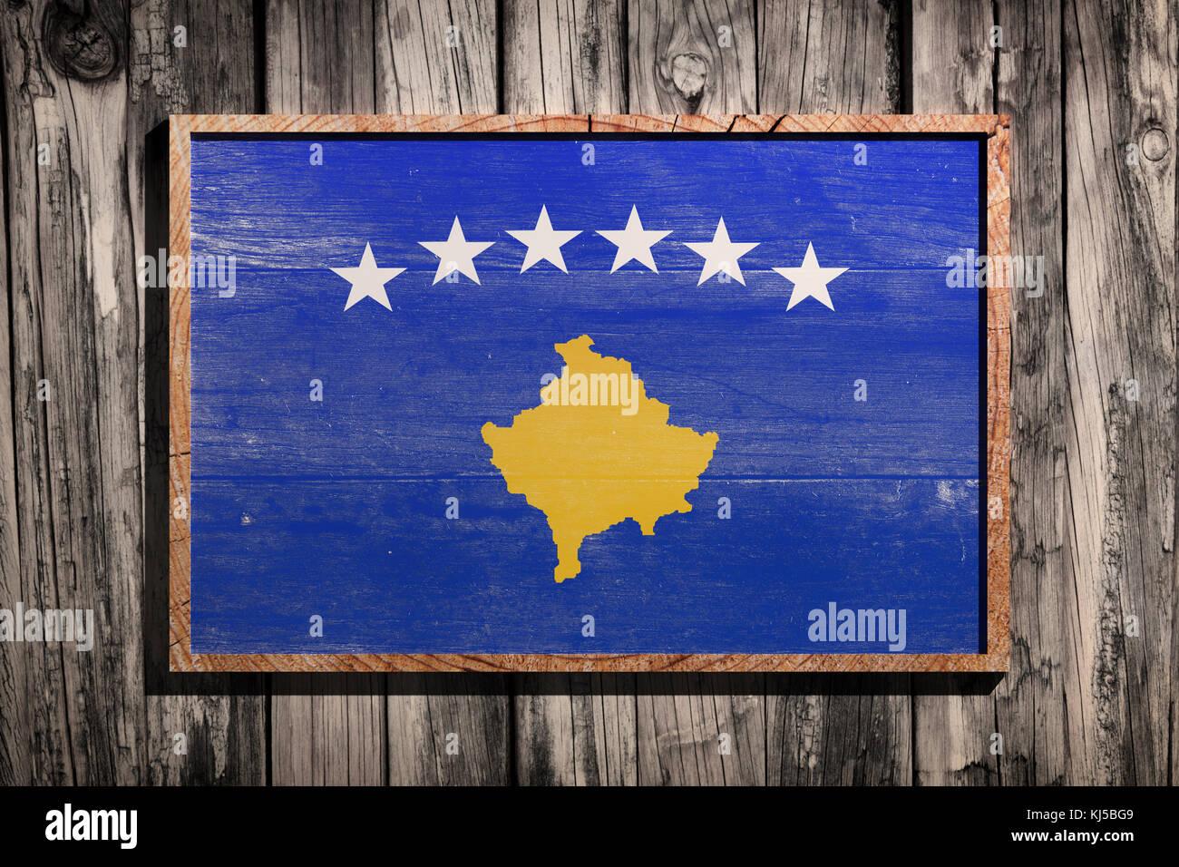 3D-Rendering des Kosovo Flagge auf einem Holzrahmen über einen ...