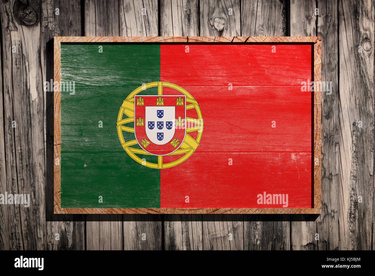 3D-Rendering von Portugal Flagge auf einem Holzrahmen über einen ...