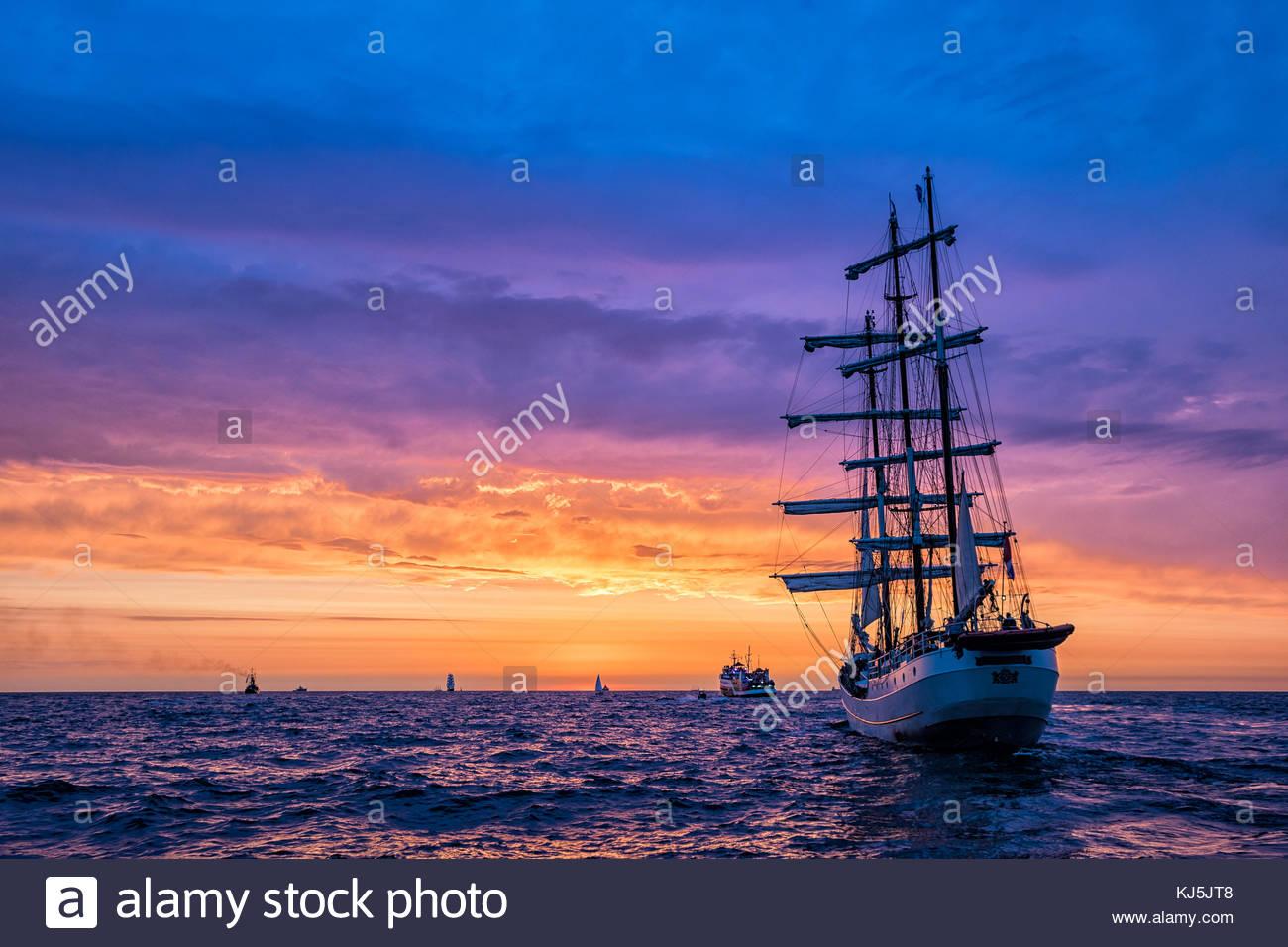 Segelschiffe auf der Hanse Sail Stockbild