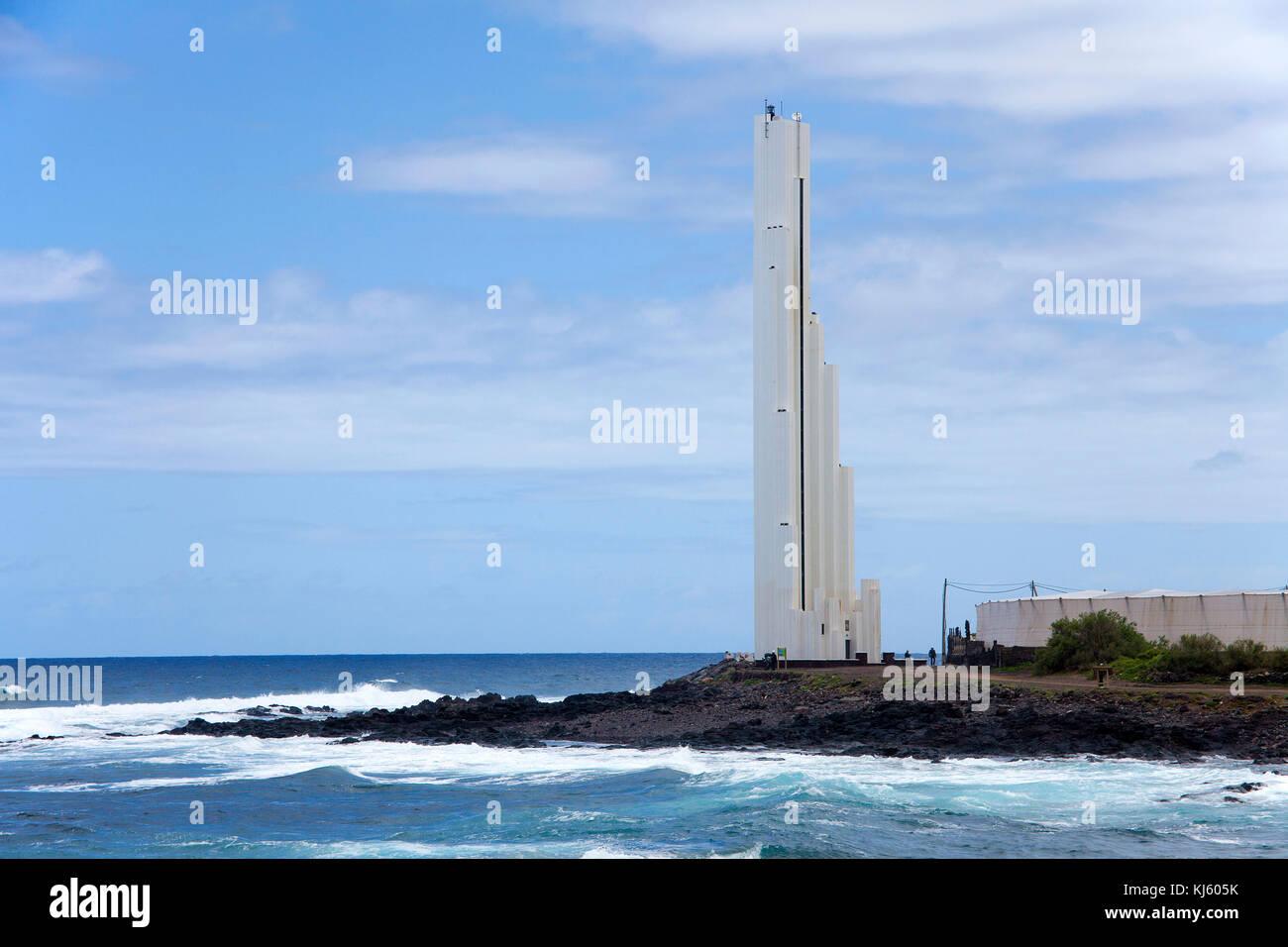 Faro de Punta del Hidalgo, futuristischen Leuchtturm von Punta del Hidalgo, im Norden der Insel, Teneriffa, Kanarische Stockbild
