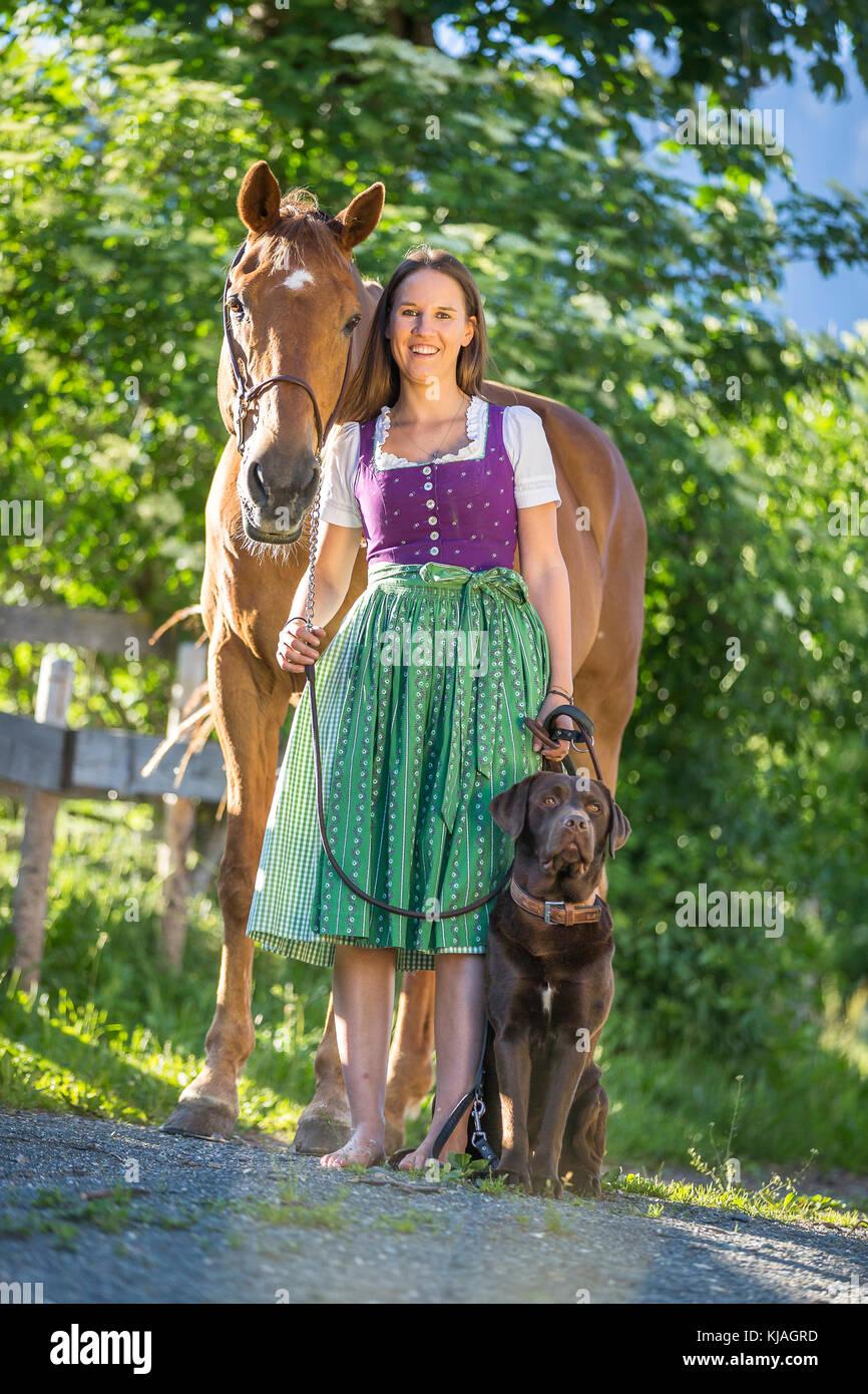 Gedeckt pferd frau von wird Verbotene Liebe: