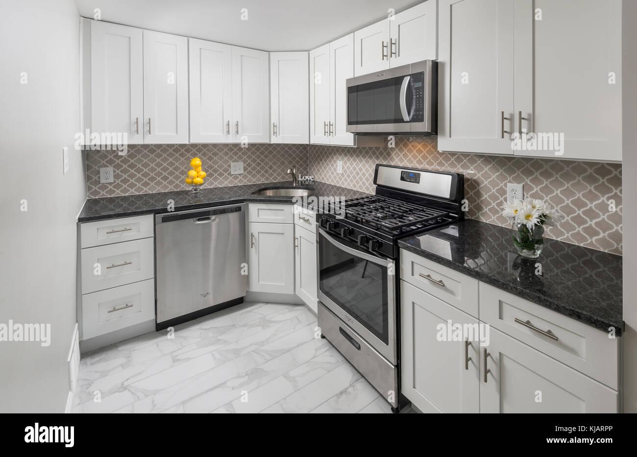 Weiße Küche Innenraum Stockbild