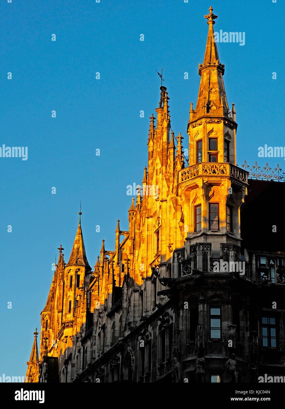 Neues Rathaus neugotischen Architektur in der Marienplatz in München. Stockbild