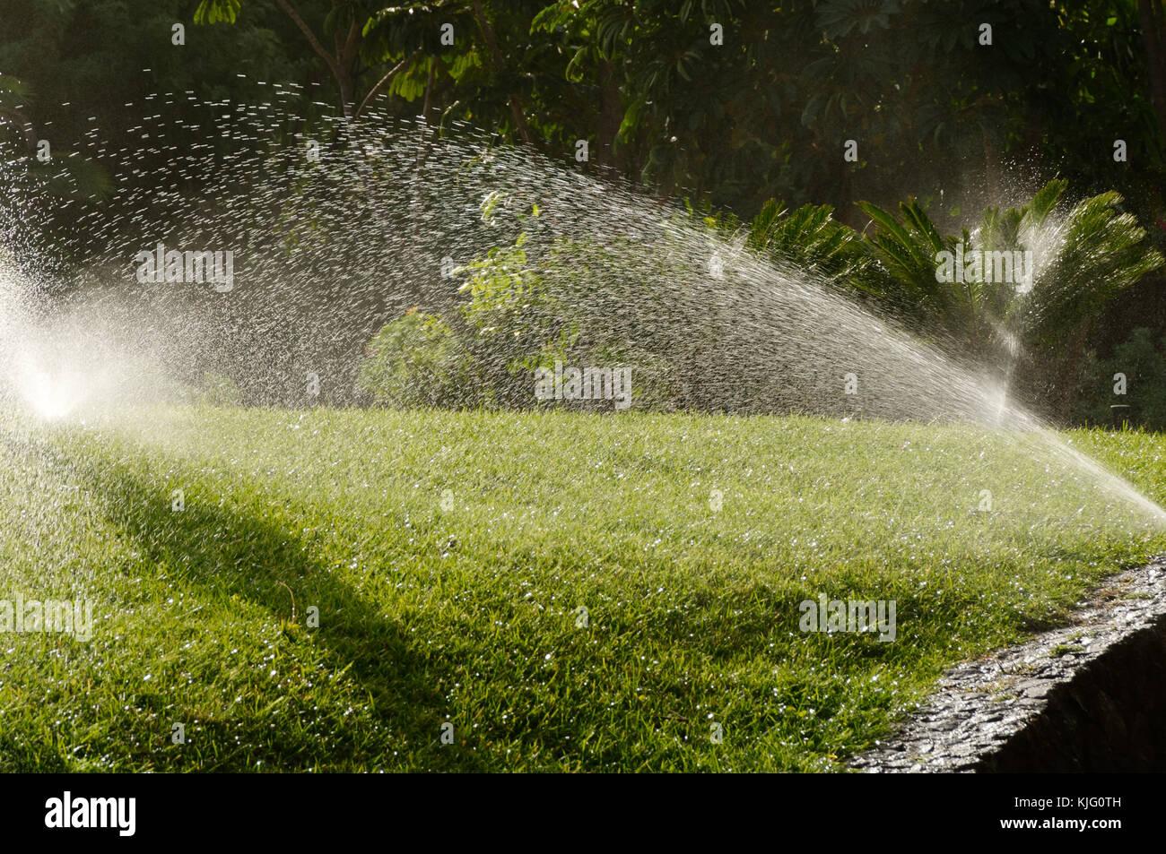 Beste Rasen Sprinkler System Schaltplan Zeitgenössisch - Der ...