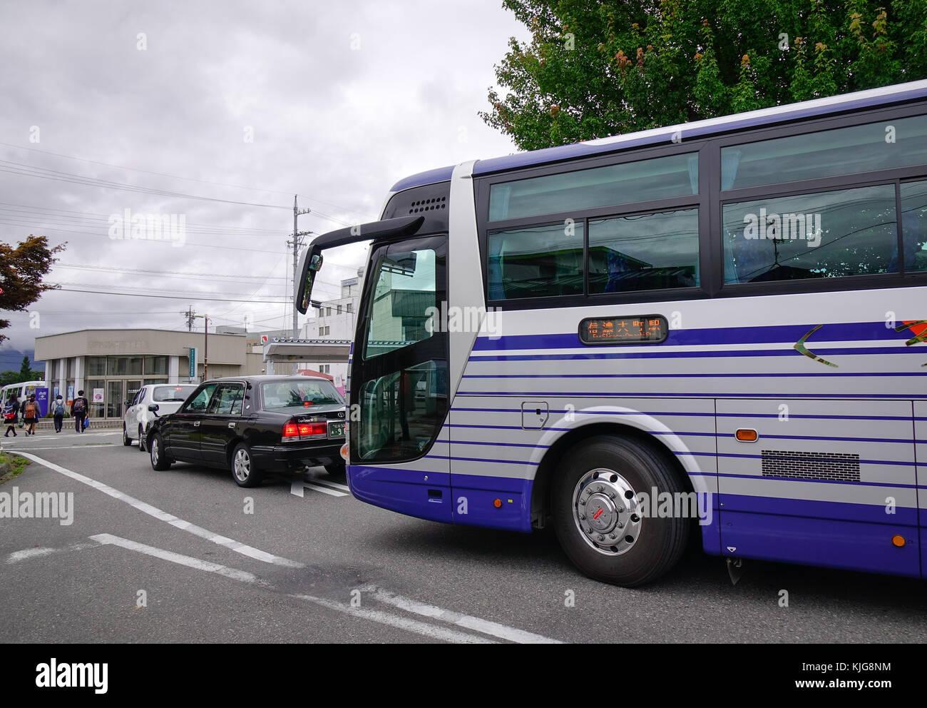tokyo tour bus stockfotos tokyo tour bus bilder alamy. Black Bedroom Furniture Sets. Home Design Ideas