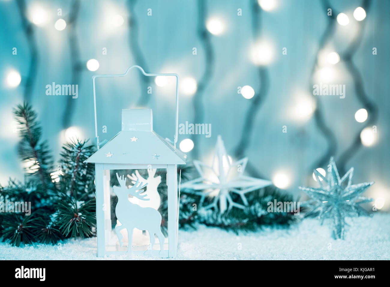 Christmas Candle Lantern Stockfotos & Christmas Candle Lantern ...
