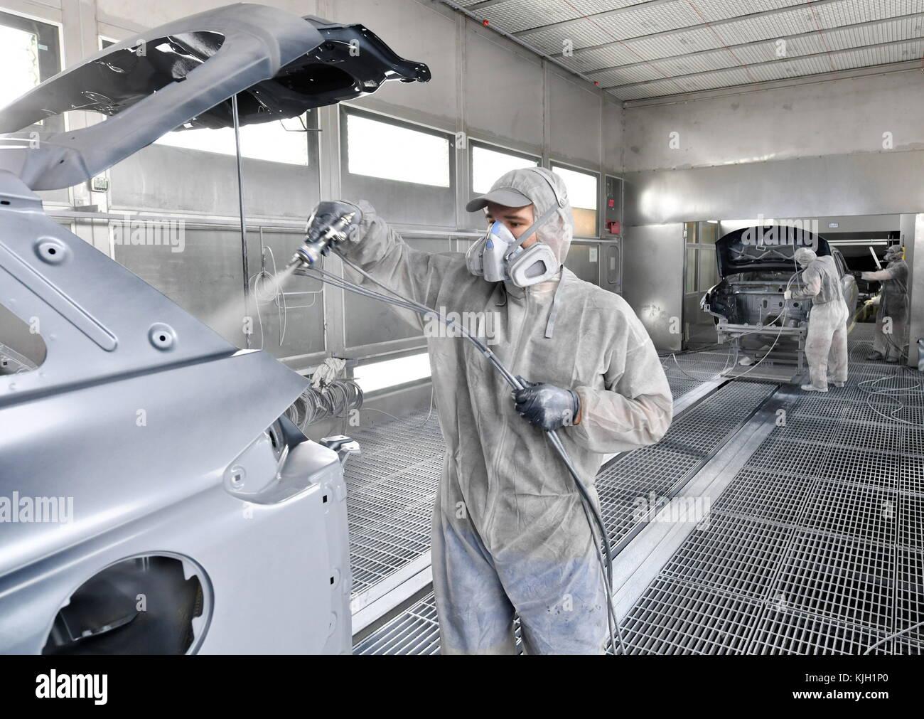 Automobile Assembly Line China Stockfotos & Automobile Assembly Line ...