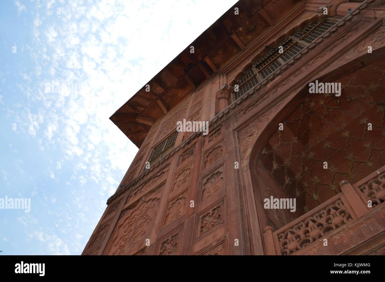 Altes Gebäude mit detaillierten Steinfassade, Indien Stockbild