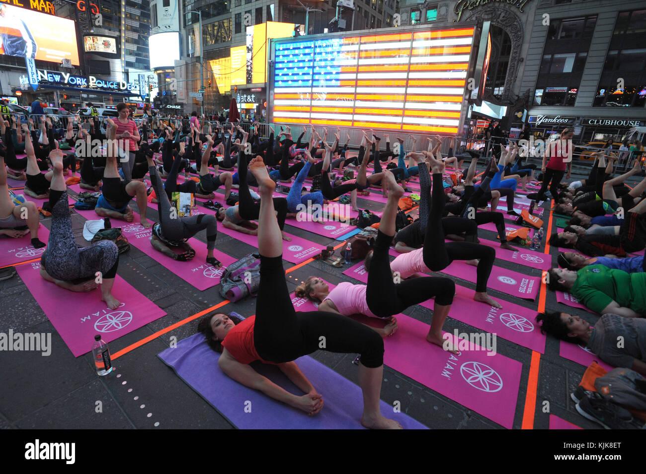 Geschwindigkeit datiert Yoga Online-Dating gewann er fragen mich aus