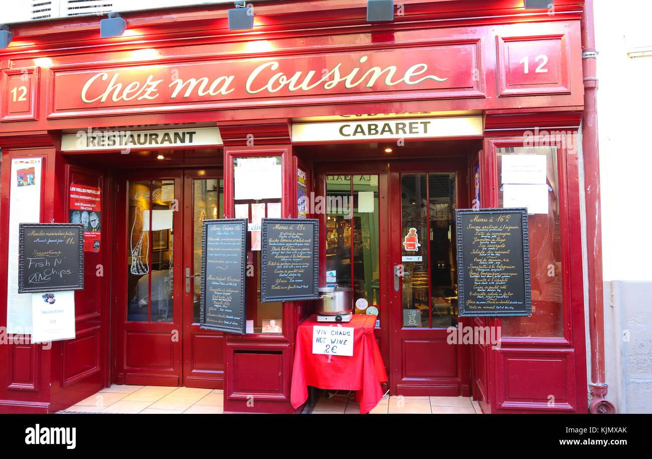 Pariser Küche | Der Blick Auf Typische Pariser Cafe Chez Ma Kuche Montmartre