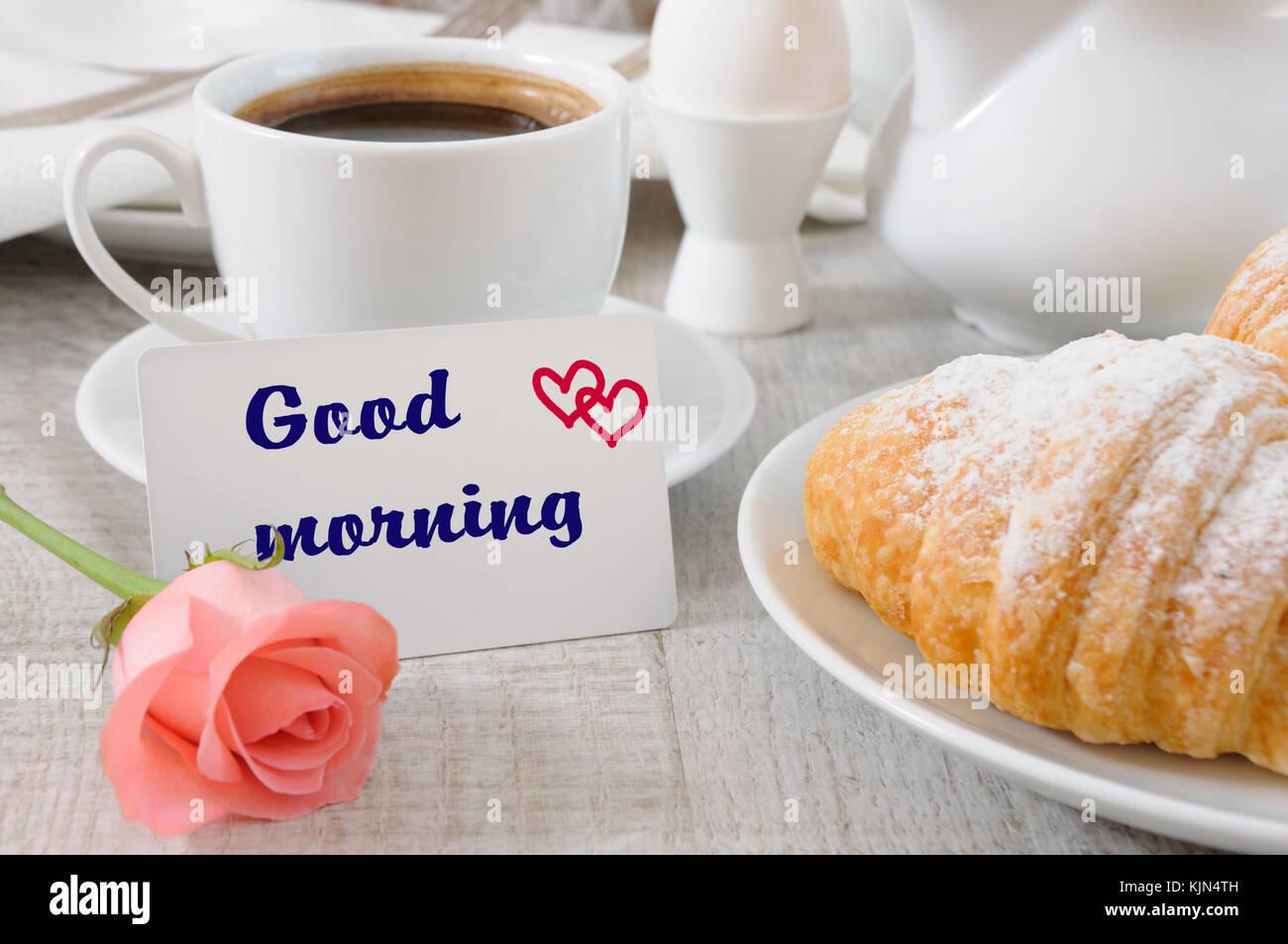 Außergewöhnlich Guten Morgen Frühstück Referenz Von Frühstück Mit Croissants Schokoladenfüllung Tasse Frischen Kaffee