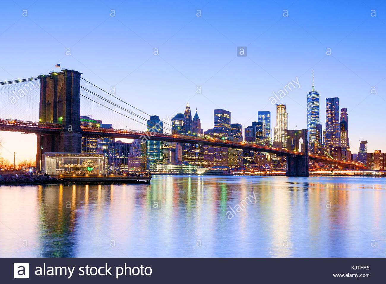 New York Skyline New York City Brooklyn Bridge One WTC World Trade Center Stockbild