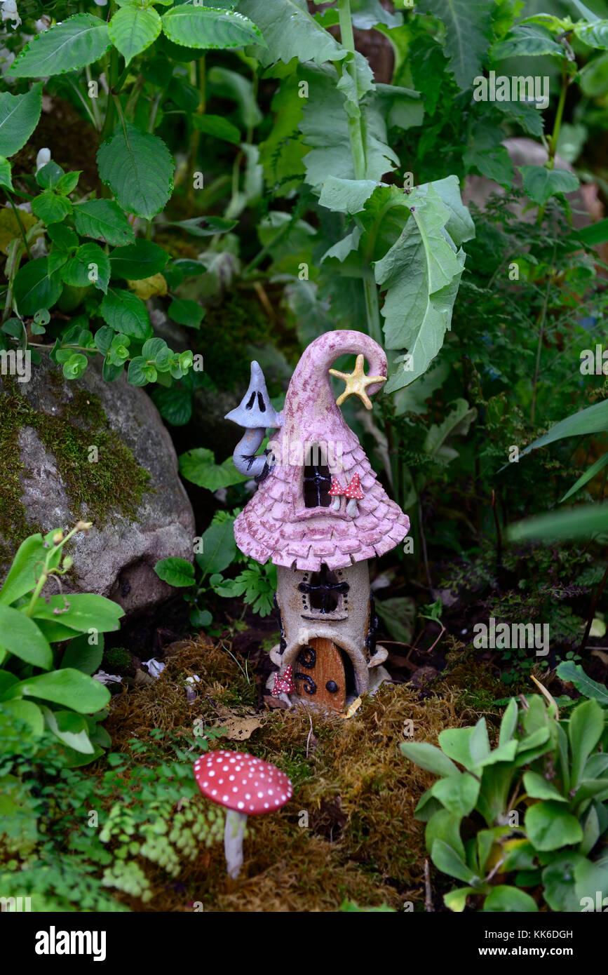 fee feen haus h user haus wohnungen haus garten dekoration dekorieren miniatur zwerg. Black Bedroom Furniture Sets. Home Design Ideas