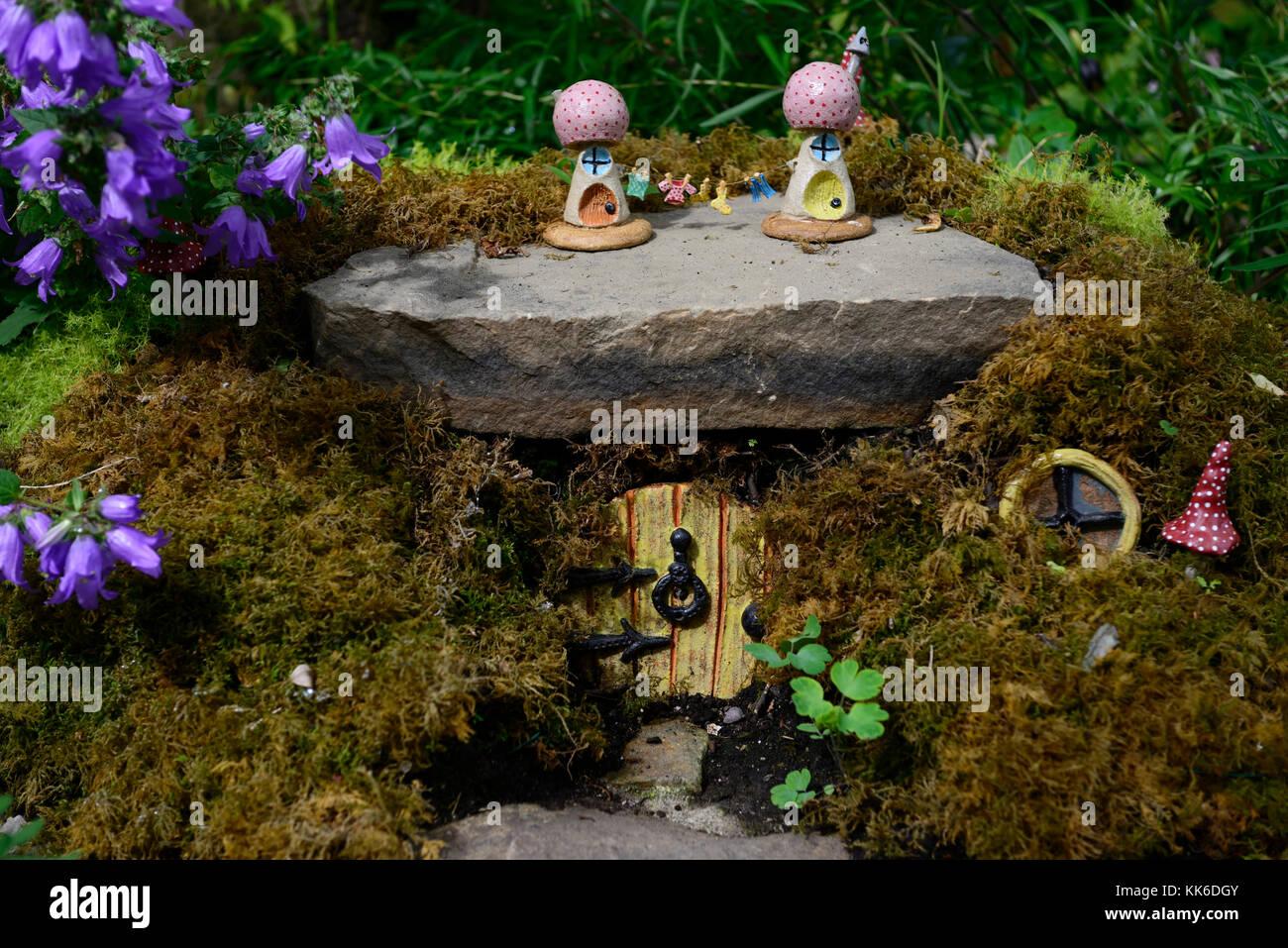 Fee, Feen, Haus, Häuser, Haus, Wohnungen, Haus, Garten, Dekoration,  Dekorieren, Miniatur, Zwerg, Zwerge, Elben, Elfen, Fantasy, Glauben Machen,  Garten, ...