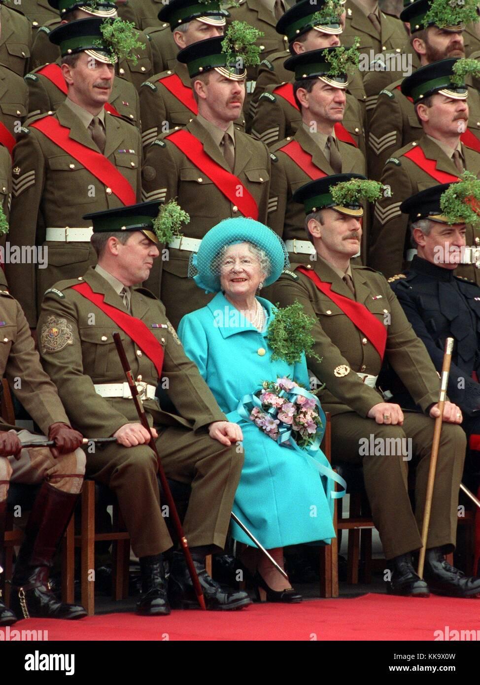 Anlasslich Des Irischen St Patrick S Day Der Britischen Queen Mum