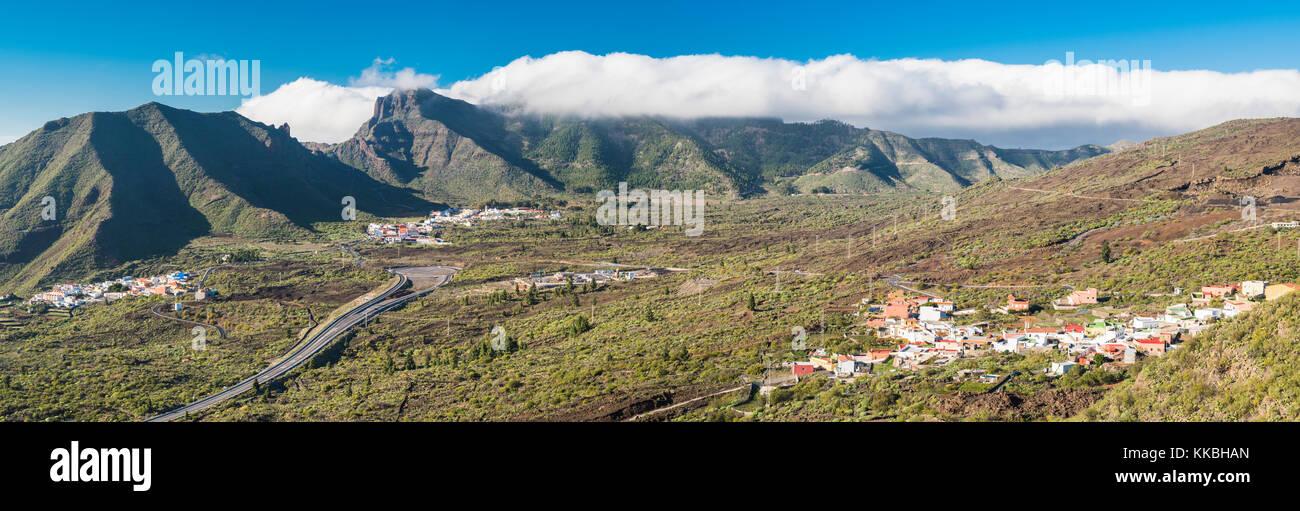 Panorama einschließlich der Vororte von Santiago del Teide und Las Manchas, dem Vulkankegel des Montana Bilma, Stockbild