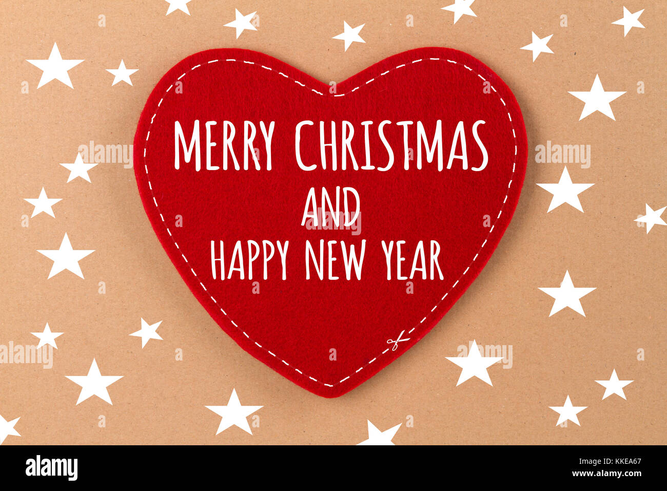 Frohe Weihnachten Text Karte.Herz Auf Beigen Hintergrund Mit Schriftzug Frohe