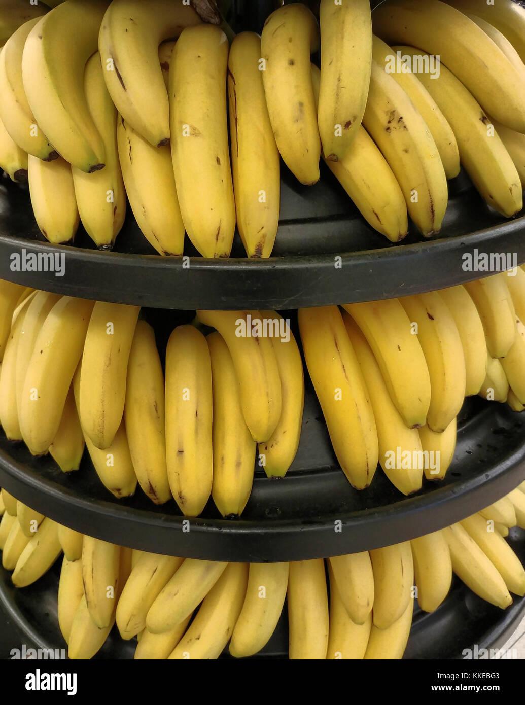 Die Bananen von den Kanarischen Inseln in einem Markt Stockbild