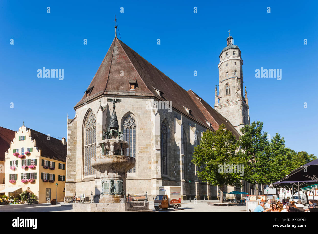 deutschland bayern romantische stra e n rdlingen st george 39 s kirche stockfoto bild. Black Bedroom Furniture Sets. Home Design Ideas