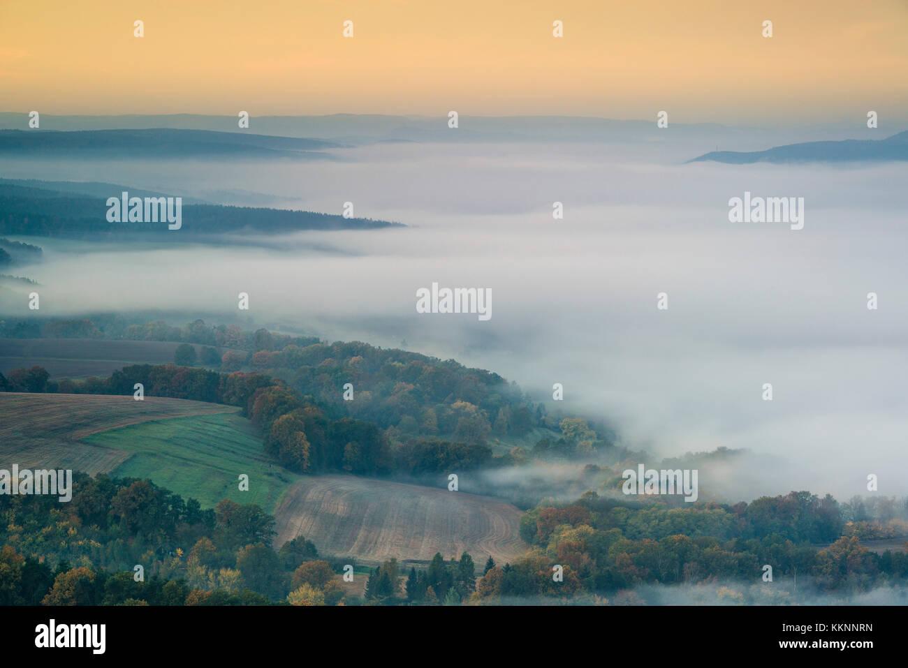 Morgen Nebel über dem Saaletal, leuchtenburg, seitenroda ...