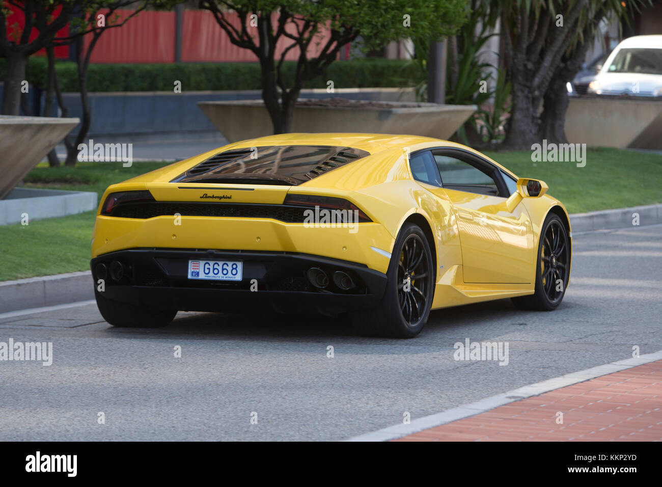 lamborghini huracan fahren in monaco monte carlo. Black Bedroom Furniture Sets. Home Design Ideas