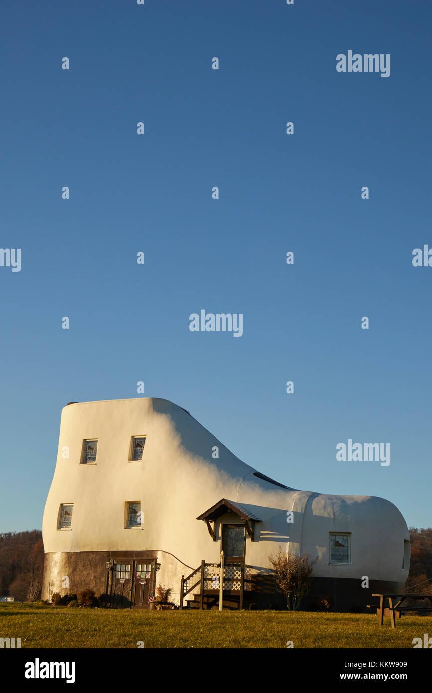 Shoe House Stockfotos und bilder Kaufen Alamy