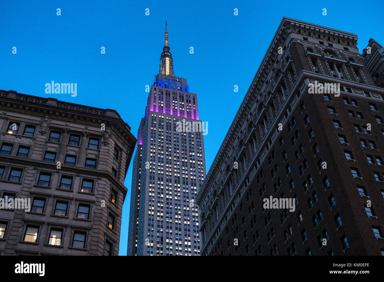 Empire State Building bei Nacht, NYC USA Stockbild