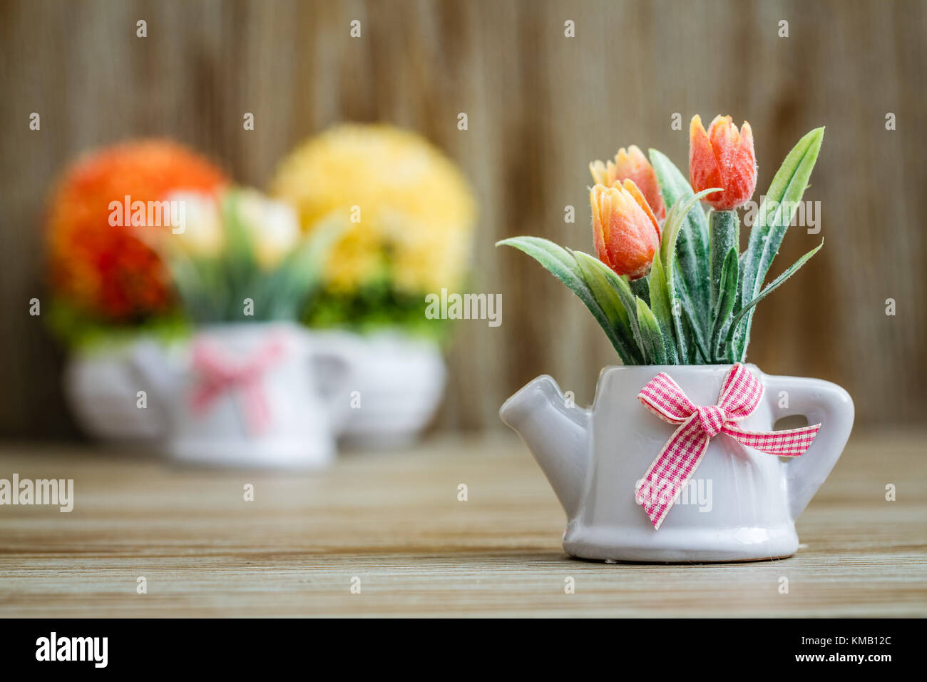 artificial tulips stockfotos artificial tulips bilder alamy. Black Bedroom Furniture Sets. Home Design Ideas