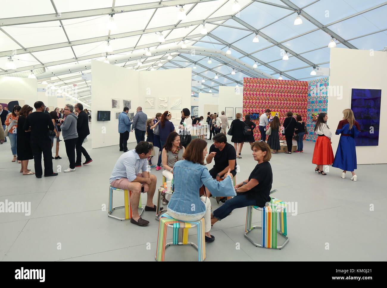 Art Basel Public Stockfotos & Art Basel Public Bilder - Alamy